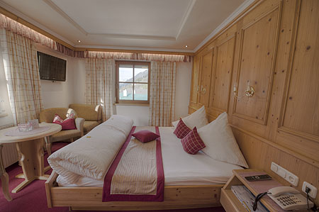 Doppelzimmer - Pension Apart Garni Royal in Kappl Paznaun